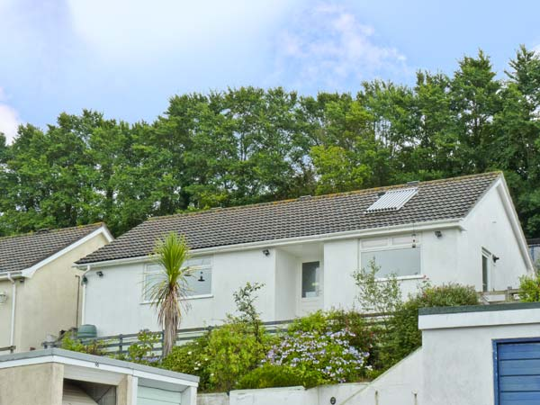 Holiday Cottage Reviews for Sunnyvista - Self Catering Property in Tywardreath, Cornwall inc Scilly