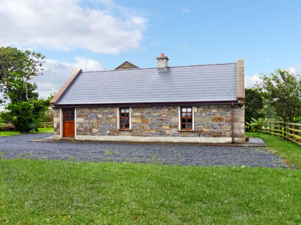 Holiday Cottage Reviews for Creevy Cottage - Self Catering in Cliffoney, Sligo