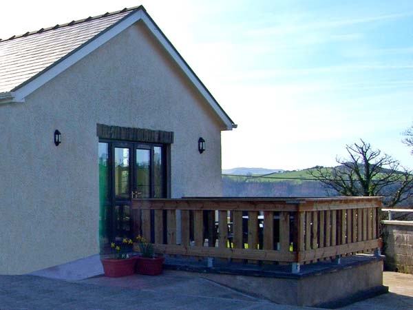 Holiday Cottage Reviews for Cwm Derw - Holiday Cottage in Aberystwyth, Ceredigion
