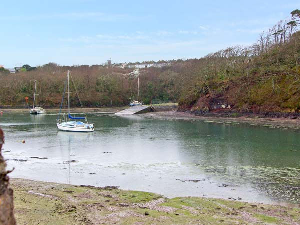 Holiday Cottage Reviews for Goldfinch - Holiday Cottage in Milford Haven, Pembrokeshire
