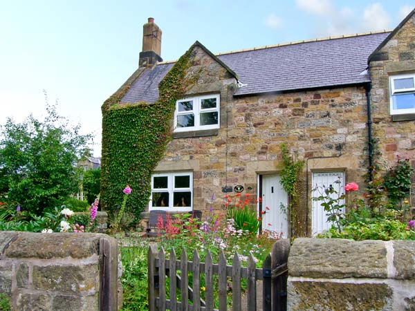Holiday Cottage Reviews for Miller's Retreat - Cottage Holiday in Alnmouth, Northumberland