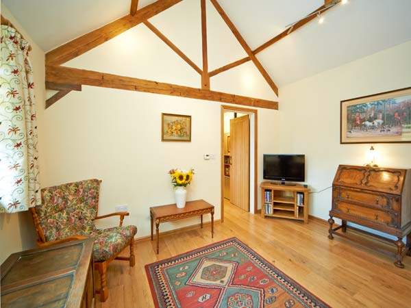 Holiday Cottage Reviews for Dairy Barn - Self Catering in Kilmington, Wiltshire