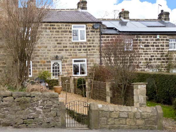 Holiday Cottage Reviews for 7 Scarah Bank Cottages - Self Catering Property in Harrogate, North Yorkshire
