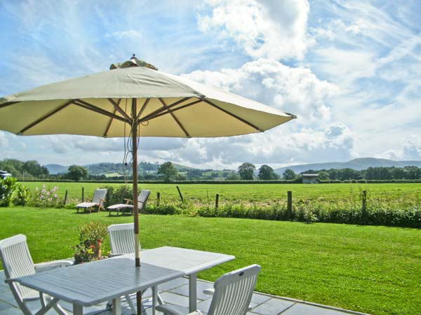 Holiday Cottage Reviews for 2 Siluria Cottage - Holiday Cottage in Walton, Powys