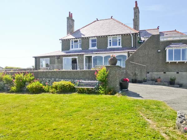 Holiday Cottage Reviews for Angorfa - Holiday Cottage in Cemaes Bay, Isle of Anglesey