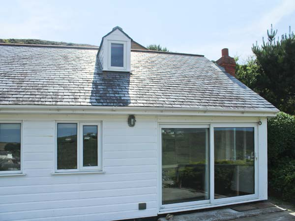 Holiday Cottage Reviews for Seacott - Holiday Cottage in Porthtowan, Cornwall inc Scilly