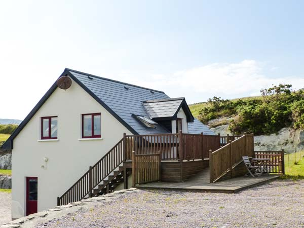 Holiday Cottage Reviews for Hilltop Apartment - Holiday Cottage in Durrus, Cork