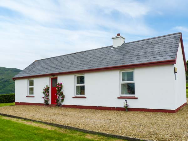 Holiday Cottage Reviews for Crannog Cottage - Holiday Cottage in Ardara, Donegal