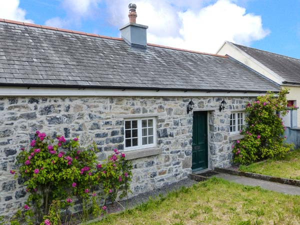 Holiday Cottage Reviews for Charlie's Cottage - Cottage Holiday in Nenagh, Tipperary