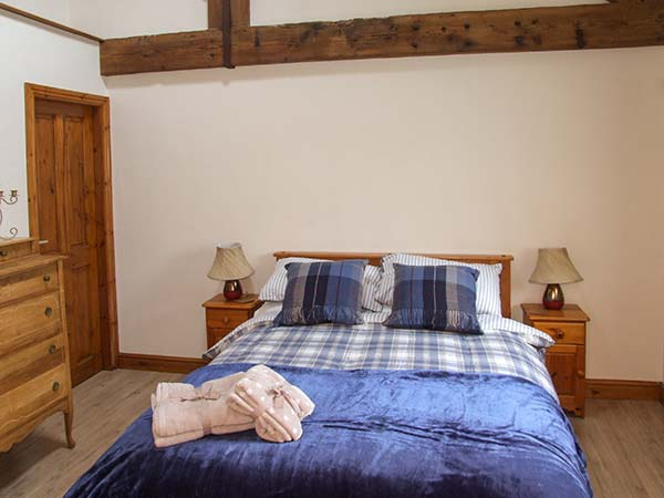 Holiday Cottage Reviews for 2 Manor Court - Self Catering Property in Bakewell, Derbyshire