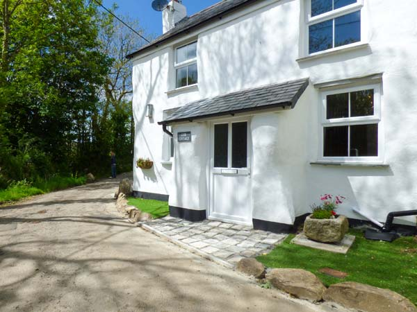 Holiday Cottage Reviews for Cob Cottage - Self Catering Property in St Columb Major, Cornwall inc Scilly