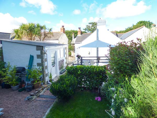 Holiday Cottage Reviews for Granite House - Holiday Cottage in Redruth, Cornwall inc Scilly