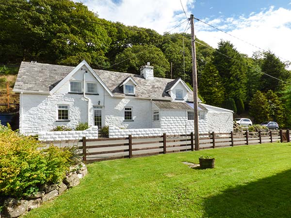 Holiday Cottage Reviews for Tanyrallt Farm - Cottage Holiday in Llanafan Fawr, Powys