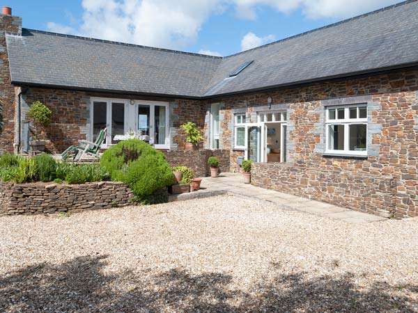 Holiday Cottage Reviews for Penarvon House - Self Catering in Falmouth, Cornwall inc Scilly