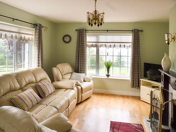 Holiday Cottage Reviews for Fort Cottage - Cottage Holiday in Boyle, Roscommon