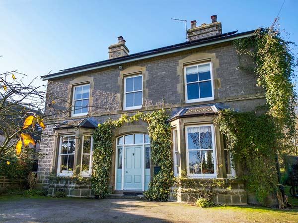 Holiday Cottage Reviews for The Old Manse - Cottage Holiday in Wetton, Staffordshire